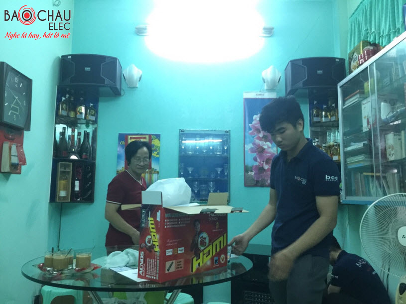 Dan-karaoke-gia-dinh-cho-bo-hoang-rapper-anh-11