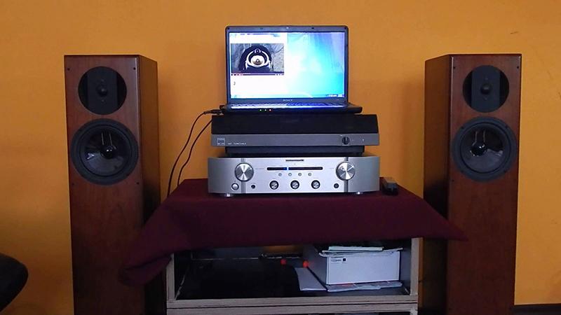 Amply nghe nhạc Marantz PM5005 độ tương thích cao