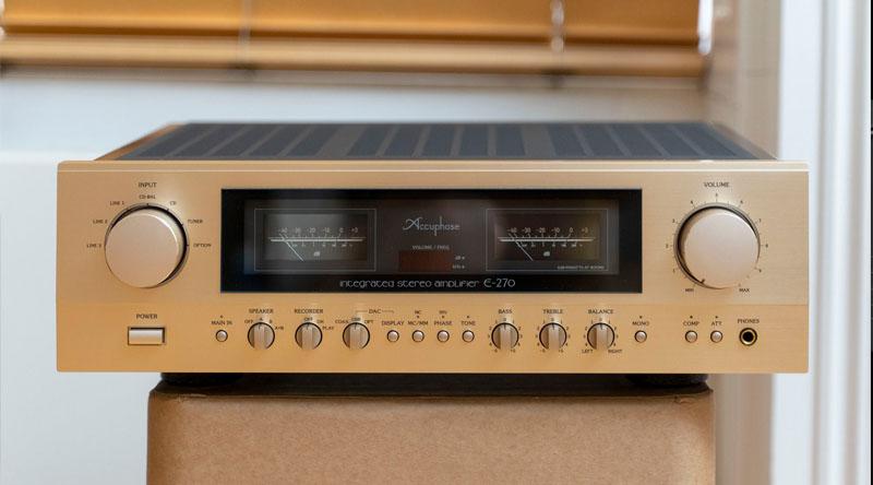 Ampli Accuphase E270 linh kiện hiện đại
