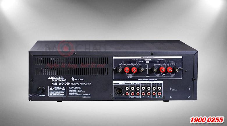 Mặt sau của amply Jarguar KMS-1604DSP được bố trí các cổng kết nối vào và ra của tín hiệu âm thanh.