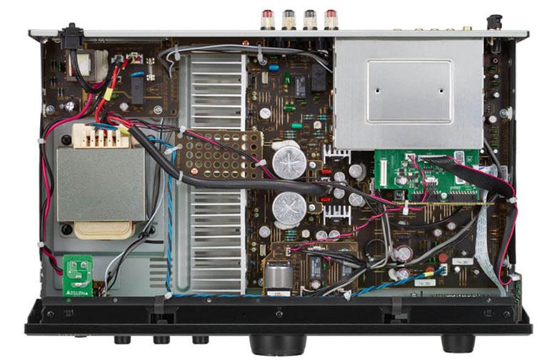 Amply Denon PMA-600NE hệ thống linh kiện hiện đại
