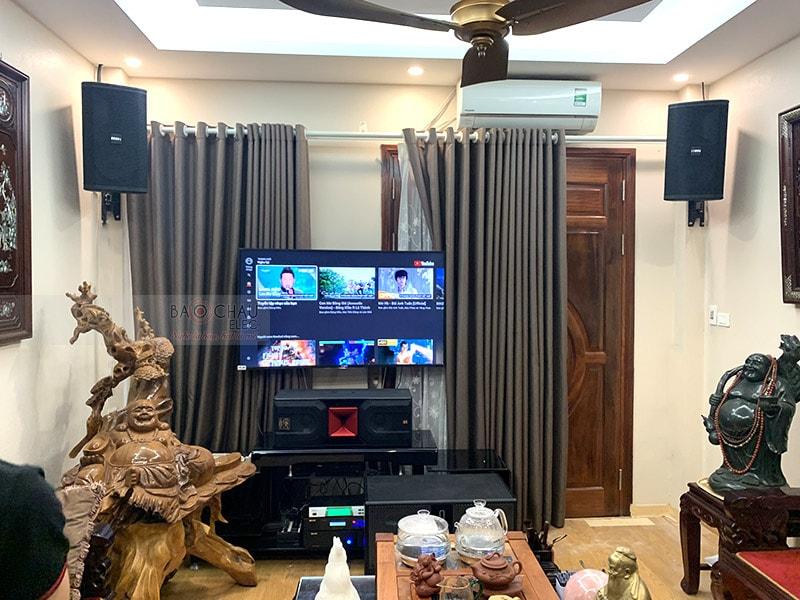 Dàn karaoke gia đình chị Hương