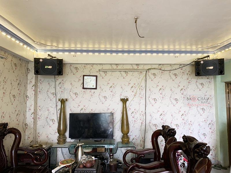 Dàn karaoke gia đình anh Hưng