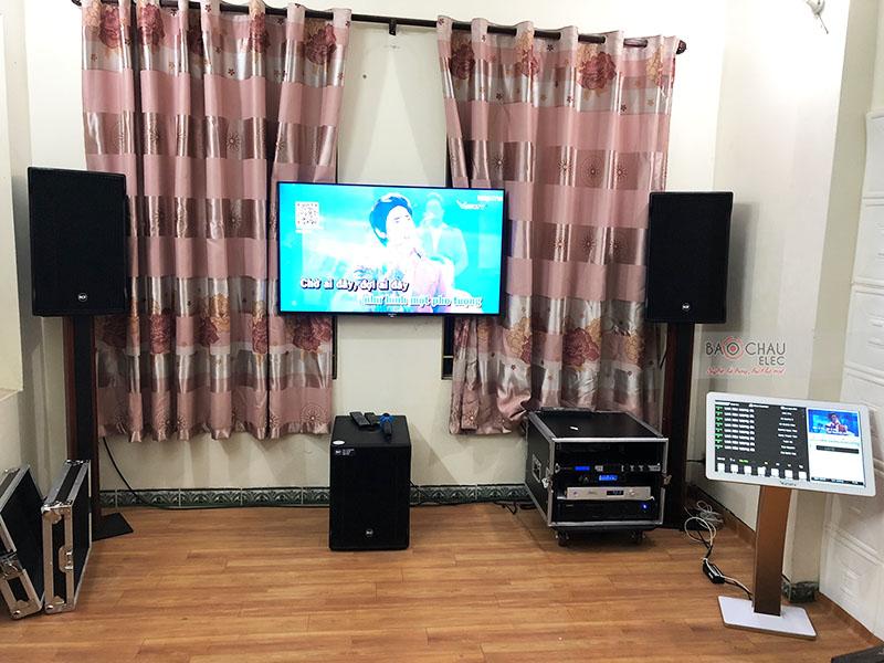 Dàn karaoke gia đình chị Hanh tại Hà Nội
