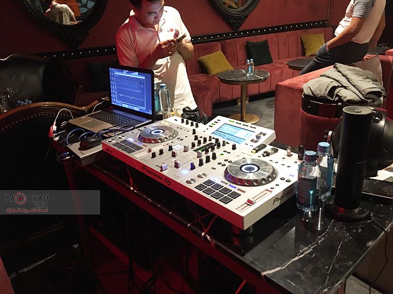 hệ thống âm thanh cho Quán bar Lugardecita tại Hà Nội
