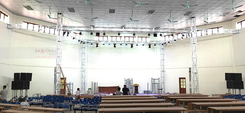 bộ dàn hội trường cho nhà hát chèo tỉnh Thái Bình h12