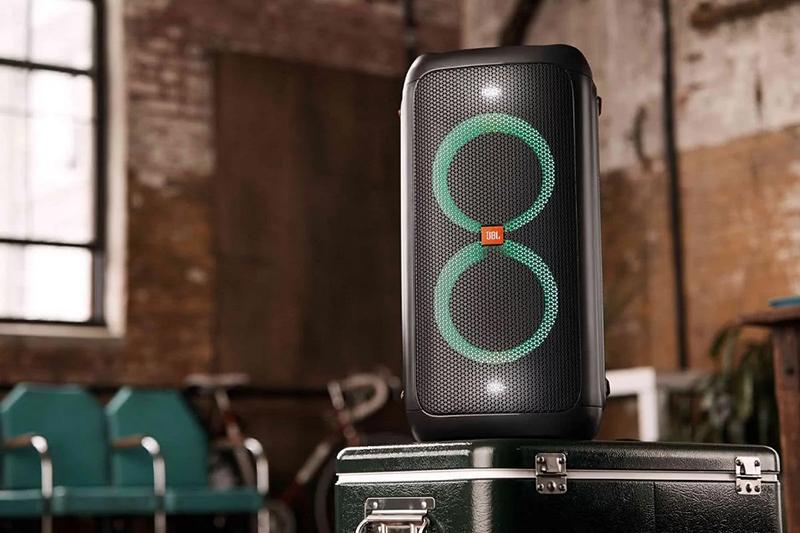 Loa JBL Partybox 100 cho khả năng kết nối bluetooth không dây