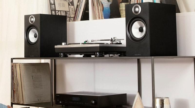 Loa B&W 606 (Bookshelf) dễ dàng phối ghép với nhiều thiết bị âm thanh