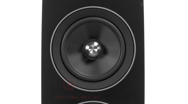 Loa Jamo C109 với củ mid và bass đều ứng dụng công nghệ Long Displacement Surround
