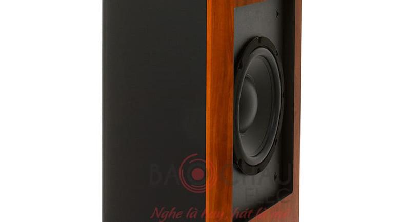 Loa Jamo S626 thiết kế củ bass ở mặt hông