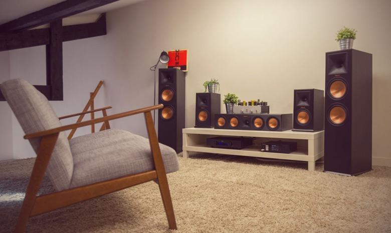 Loa Klipsch RP 150M phù hợp tái hiện nhiều dòng nhạc