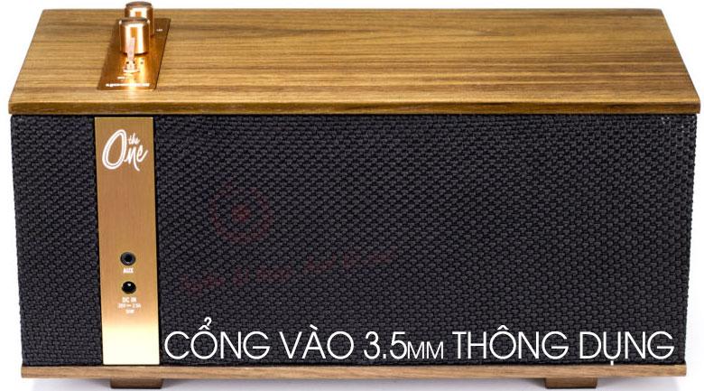 Loa Klipsch The One Ebony có cổng vào 3.5mm
