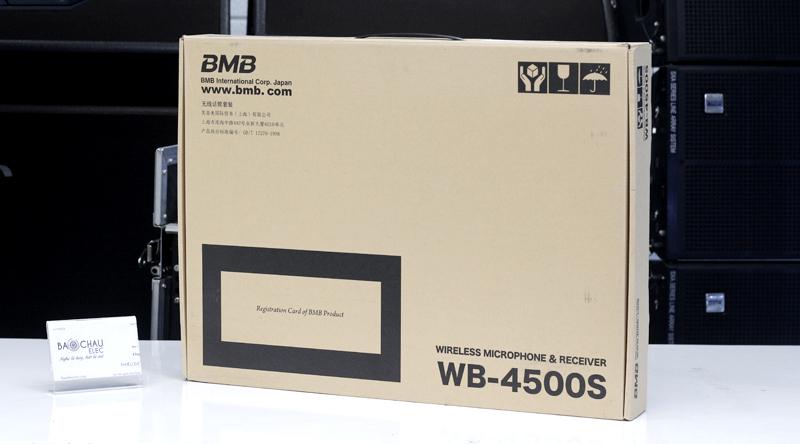 Vỏ sản phẩm Micro karaoke BMB WB-4500 lịch sự, đơn giản