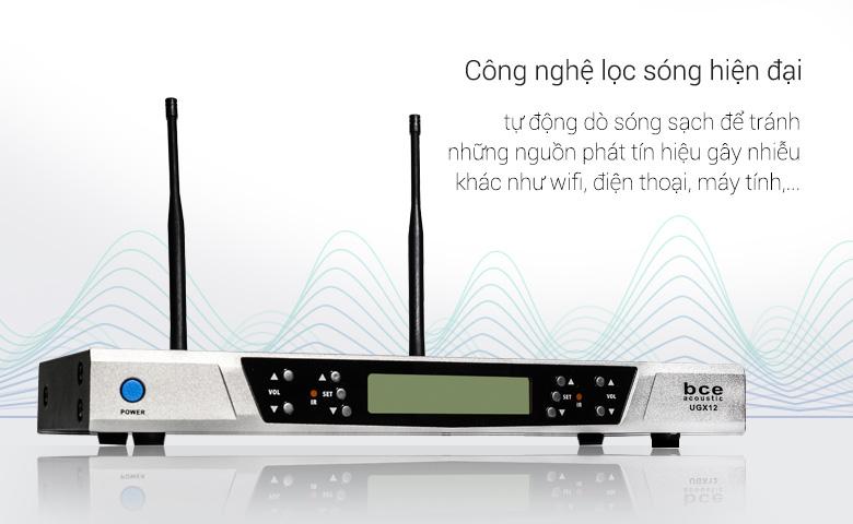 Micro không dây UGX12 sử dụng sóng siêu cao UHF