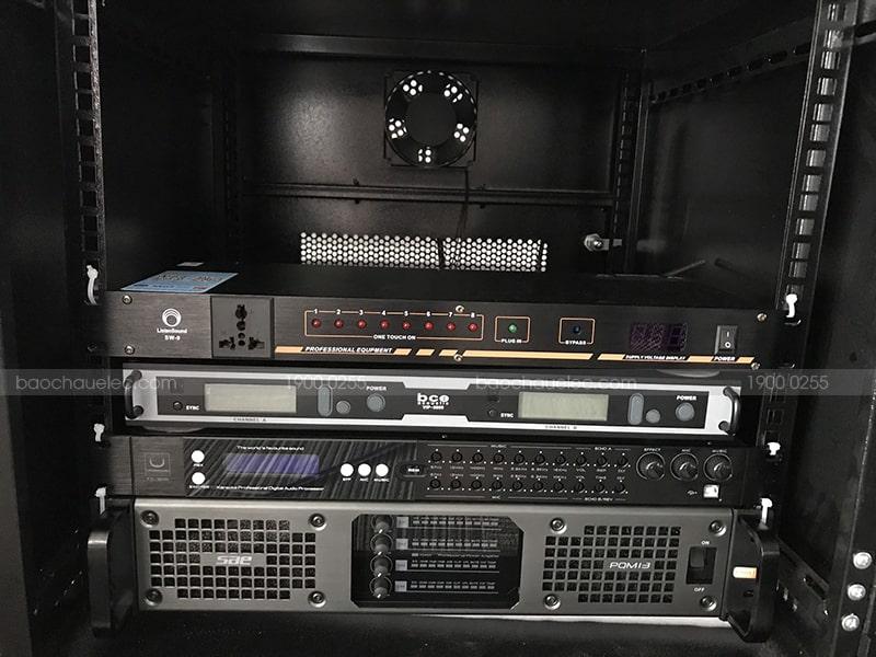 Micro không dây BCE Vip 6000 dùng cho karaoke
