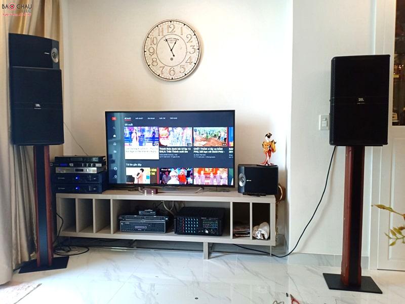 Bộ dàn karaoke JBL cao cấp của gia đình chú Thức ở Bình Thạnh