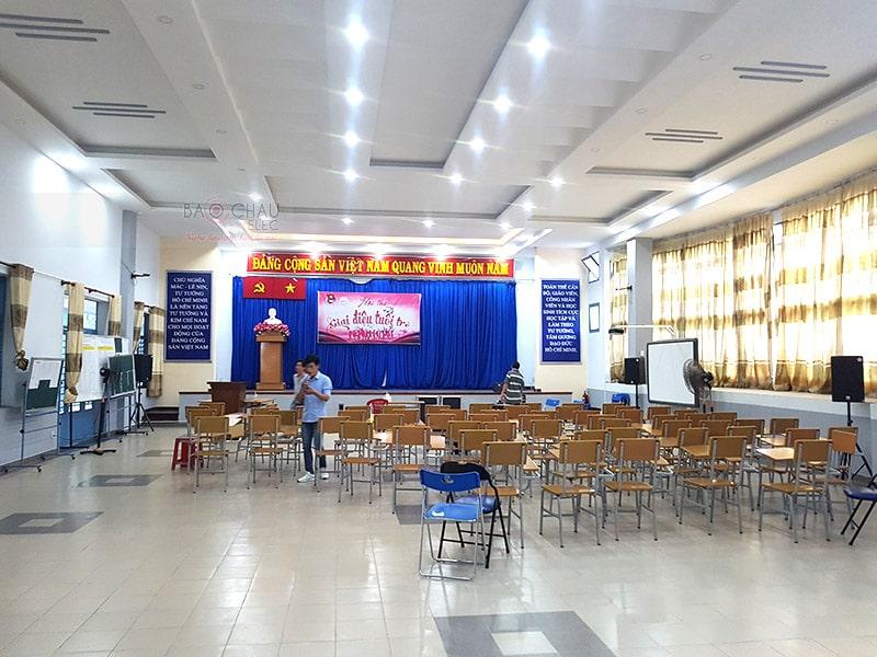 dàn âm thanh hội trường cho công ty tin học Xuân bách ở HCM h5