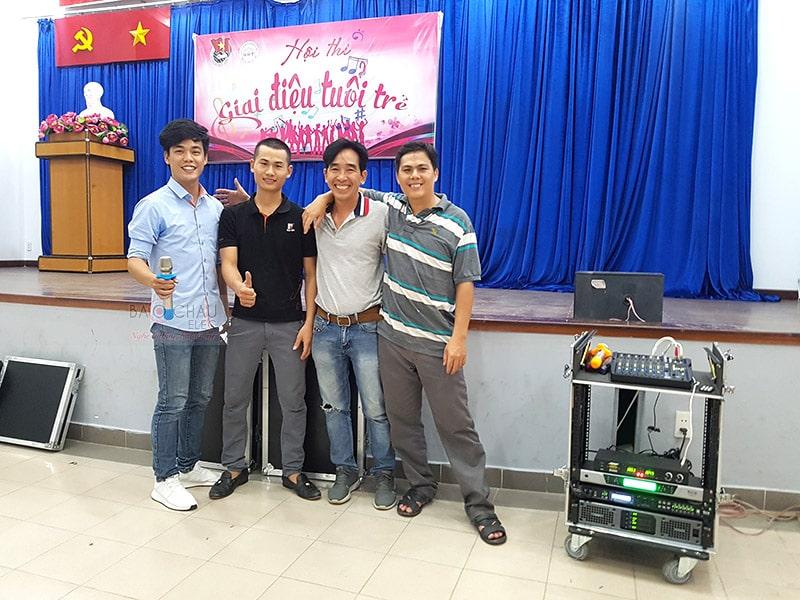 dàn âm thanh hội trường cho công ty tin học Xuân bách ở HCM h8