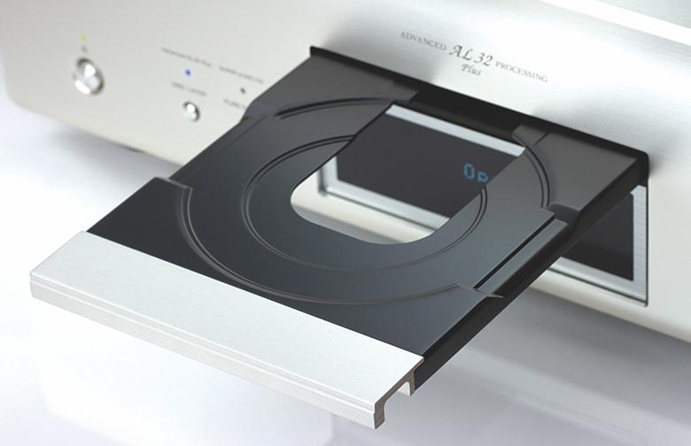 Khoang đĩa của Đầu Denon DCD-2500AE chống rung