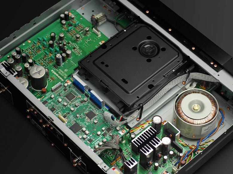 Đầu Denon DCD-1600NE linh kiện hiện đại