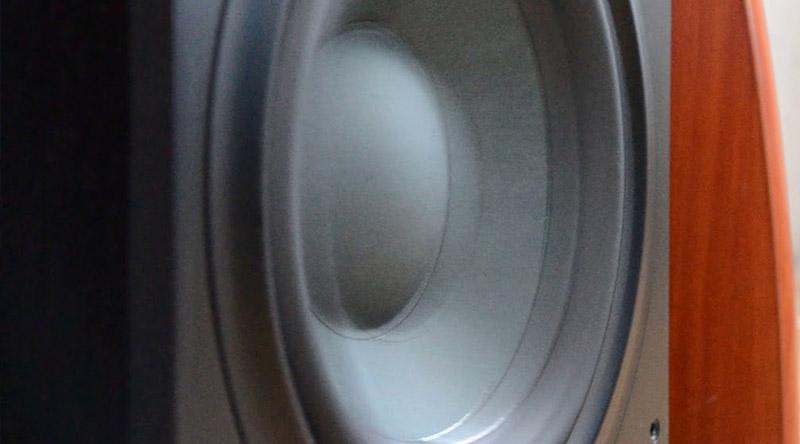 Loa sub B&W ASW610 củ bass 25 cm tái tạo âm trầm sâu, chắc