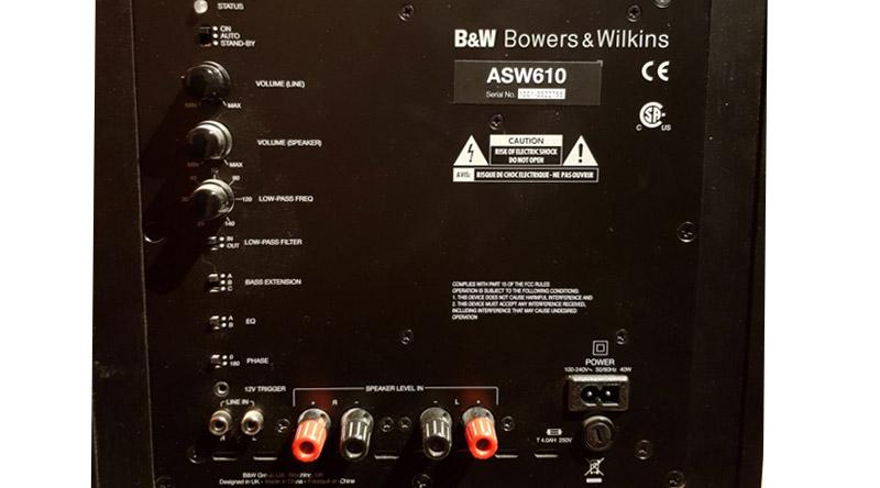 Loa sub B&W ASW610 hệ thống cổng kết nối đa dạng