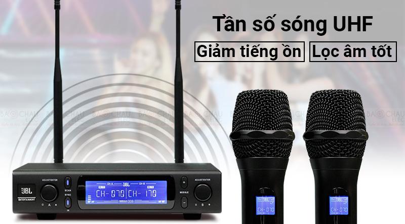 Micro không dâyJBL VM300 thu phát sóng ổn định