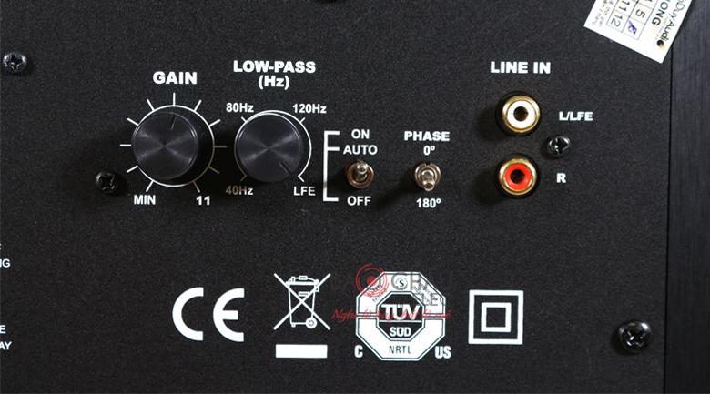 Loa sub Klipsch R12SW bảng điều khiển