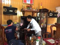 Bộ dàn karaoke của gia đình chú Qua tại Hải Dương (BMB CSV 900SE, Klipsch R112SW, 506 Gold Bluetooth, UGX12 Gold)
