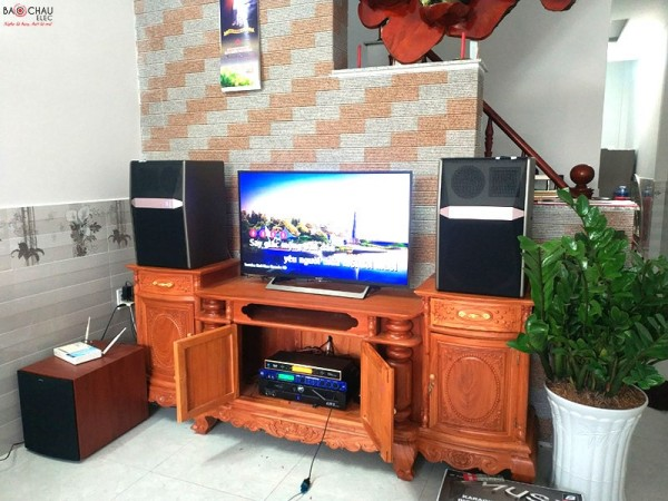 Dàn karaoke JBL cao cấp của gia đình anh Hiển ở Long An