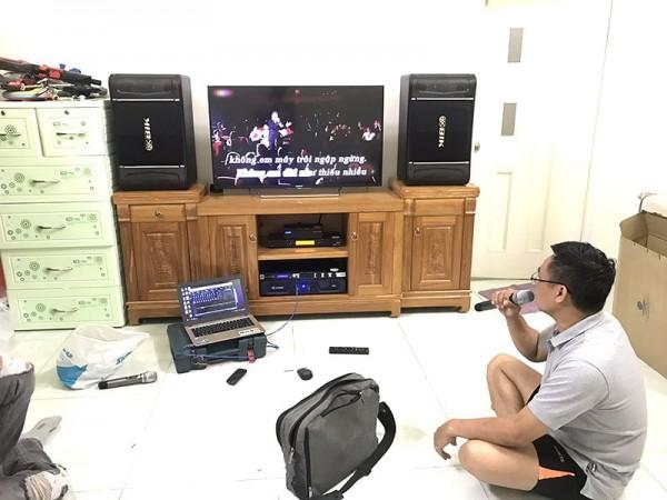 Lắp đặt dàn karaoke BIK của gia đình anh Cường ở Đồng Nai