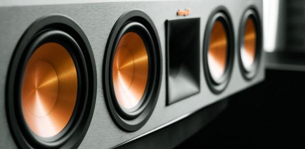 Mua loa nghe nhạc cần chú ý điều gì?