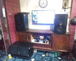 Bộ dàn karaoke BMB của gia đình anh Đạt ở Q. Tân Phú (BMB 2012C, BIK W66 Plus, Famous 7406, JBL KX180, UGX12 Plus)