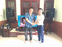 Dàn karaoke BMB của gia đình anh Nhật, sống ở Hạ Long (BMB 2012C, Famousound 7406, JBL KX180, UGX12 Plus)