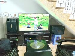 Dàn karaoke BMB của gia đình anh Tuấn ở Cẩm Lệ, Đà Nẵng  ( BMB 2000SE, Famous 3208,  FX 9MK, BBS B900)