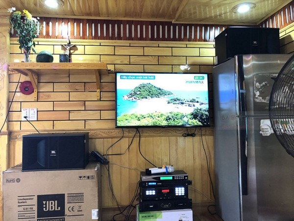 Lắp đặt dàn karaoke JBL trị giá 21 triệu đồng cho gia đình anh Dĩnh ở Cầu Bòng ( JBL ki 81, SAE Ct3000, FX 9MK, U900 Plus, Paramax LS3000)