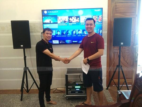 Bộ dàn karaoke Alto của gia đình khách hàng ở Hóc Môn (AT2000, MP2500, AK600, UGX12, Hanet 2TB)