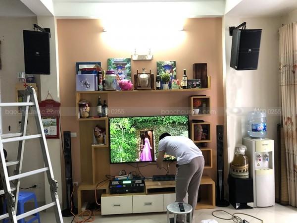 Bộ dàn karaoke JBL của gia đình anh Chương ở Tân Mai (JBL KP4010, JBL KX180, SAE Ct6000, BCE UGX12)