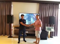 Bộ dàn karaoke cho gia đình anh Quý ở chung cư cao cấp Saigon Royal ( DISCOVERY-II 12, R115SW, BCE VIP3000, Crown T7, KX180, Plus 4TB, 22 inch)