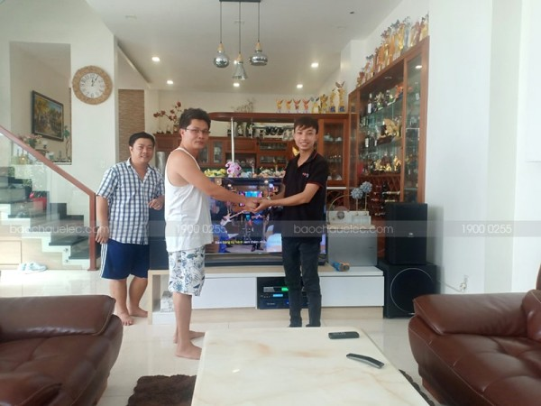 Dàn karaoke JBL cao cấp cho gia đình anh Đạt ở Quận 12 (JBL 4010, Sub 1000, X5 Plus, Crown T5, BCE UGX12)