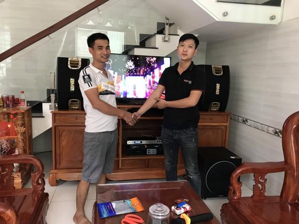 Lắp đặt dàn karaoke BMB cho gia đình anh Sáng ở Thuận An, Bình Dương (BMB 900C, sub 1000, Relacrt EU900MH, DSP-9000, Famous 3206)