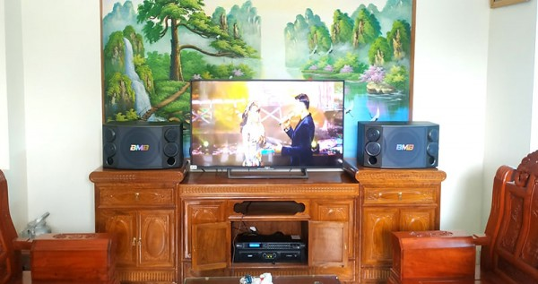 Lắp đặt bộ dàn karaoke BMB cho gia đình anh Luân ở Hưng Yên (BMB 880C, SAE CT6000, Jarguar 305, DSP9000)