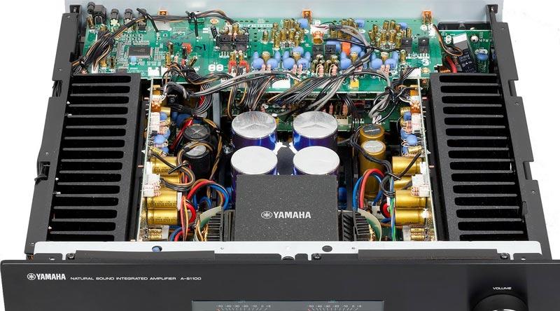 Linh kiện bên trong ampli Yamaha A-S1100 Black