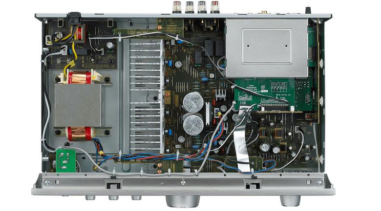 Denon PMA-800NE được trang bị sò MOSFET chịu dòng cao (AHC-MOS)