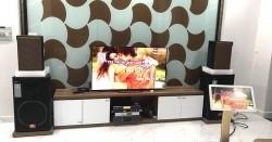 Lắp đặt dàn karaoke gia đình anh Vũ ở Quận 9, HCM (KTWO 10, BKsound 3500, UGX12 Gold, 22 inch, Plus 4TB)