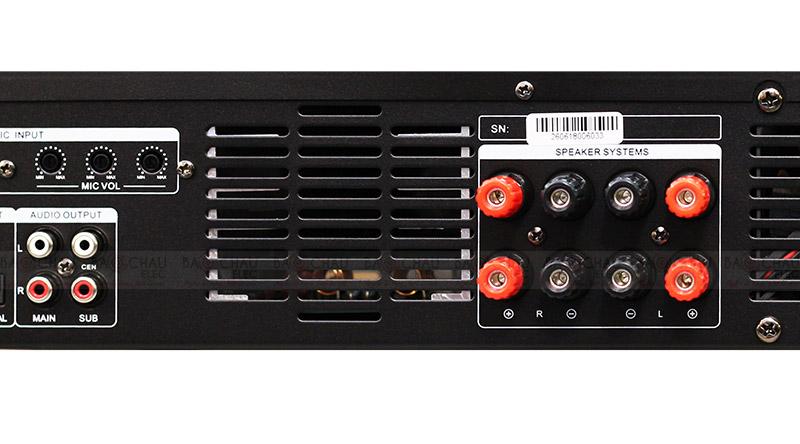 Cục đẩy liền vang BKsound DP3600 mặt sau 3