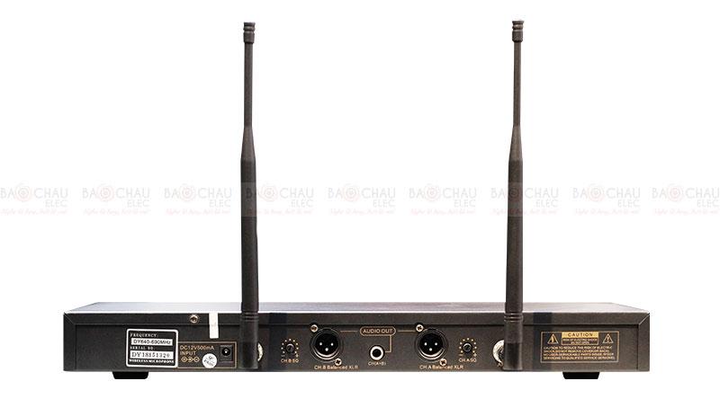 Micro không dây BCE UGX12 Plus đầu thu 5