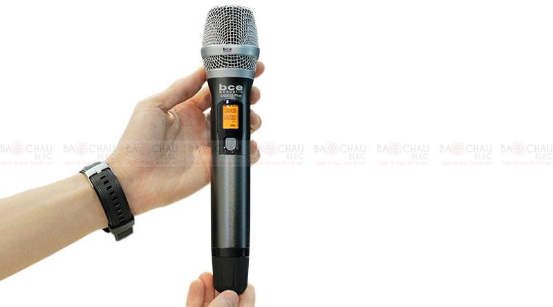 Micro không dây BCE UGX12 Plus tay micro 2