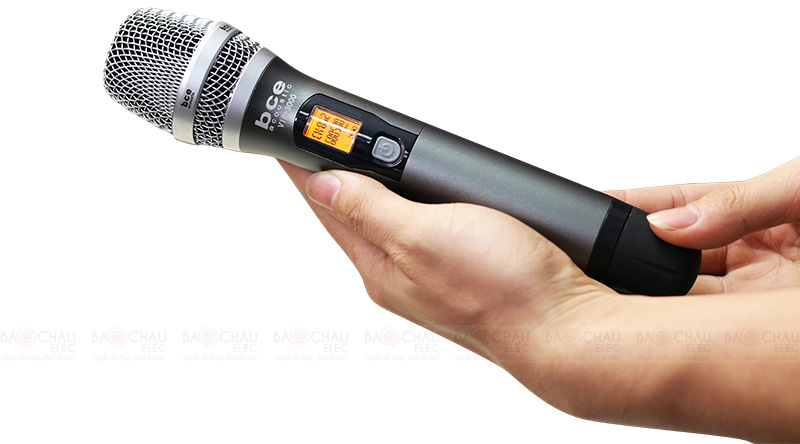 Micro không dây BCE Vip 3000 tay mic 1