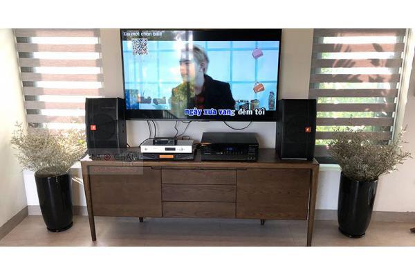 Dàn karaoke gia đình anh Phong ở Đại Lải (JBL CV1852T, BIK BJ-A88, UGX12 Plus, Plus 4TB)